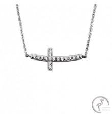 Colar em prata com pendente em cruz