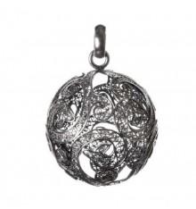 Berloque de prata em filigrana